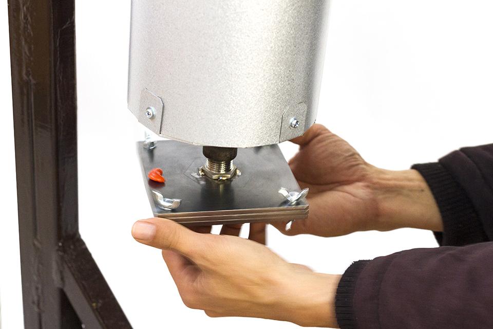 プレシャスプラスチック、射出成形機の説明