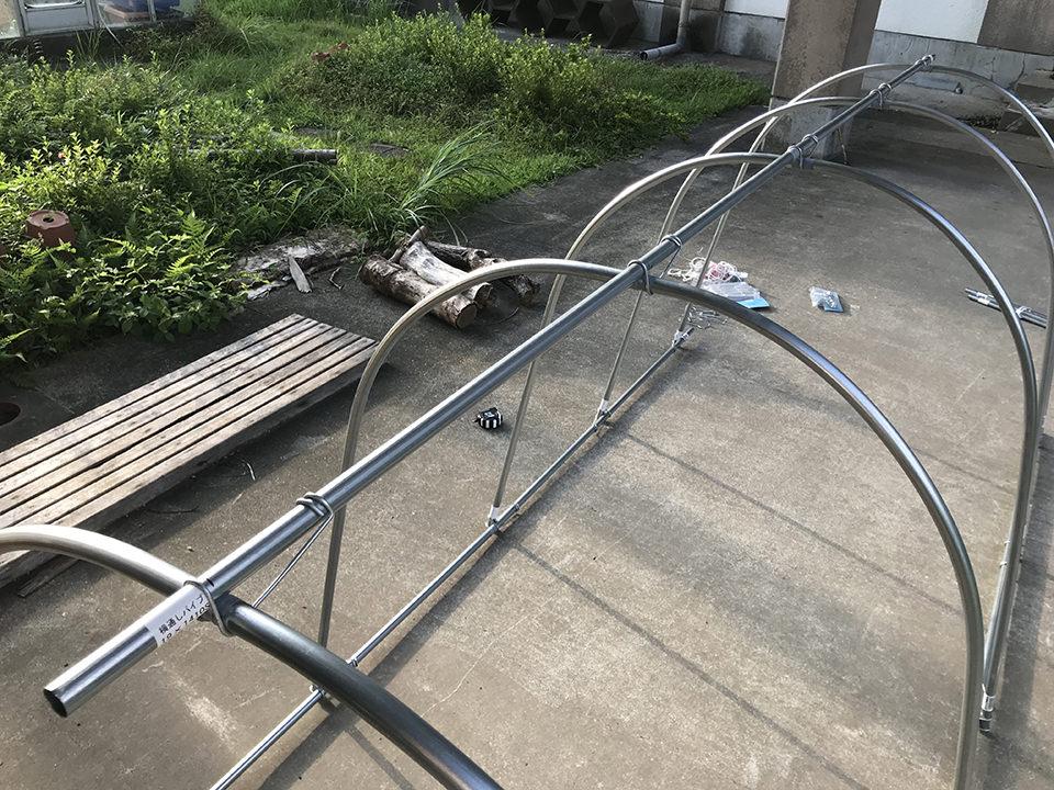 1日で作れる! 簡単・軽量な1万円のチキントラクターAir、完成! 骨組み編