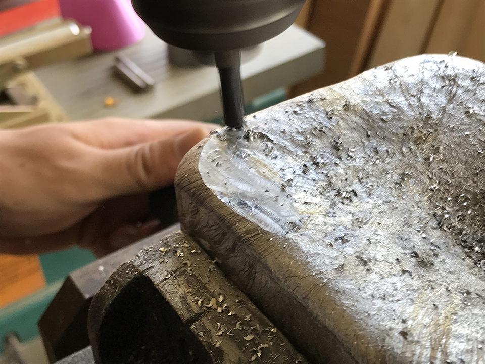 アルミブロックの切削