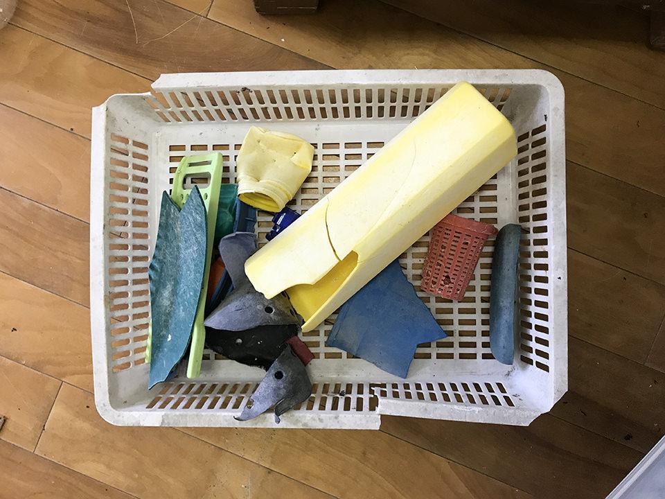 いろいろな種類のプラスチック